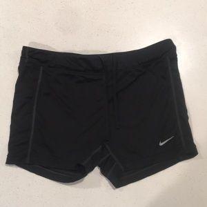 Nike dri fit shorts 15$